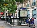 Entrée Station Métro Ternes Paris 2.jpg