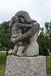 Escultura de Manuel Rodríguez no Grove. Galiza.jpg