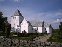 Estruplund Kirke.JPG