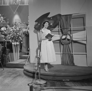 Jeg rev et blad ud af min dagbog - Image: Eurovision Song Contest 1958 Raquel Rastenni