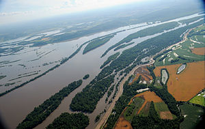 FEMA - 36449 - Aerial of flooding in Missouri.jpg