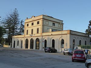Fasano - Fasano station building