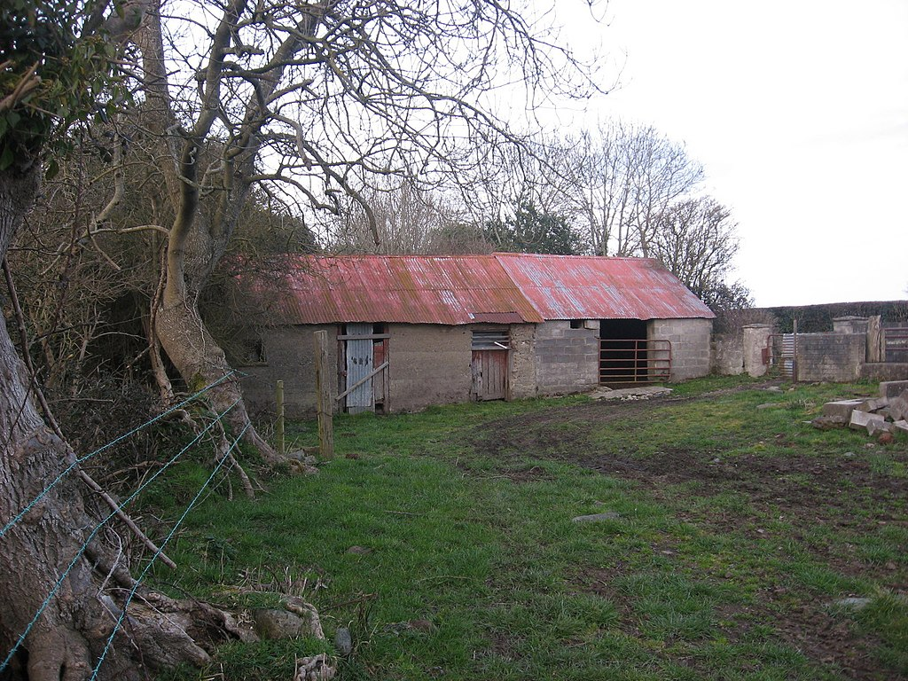 File farm building at stephenstown co dublin geograph for Farm house construction