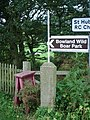 Finger sign post at Lane Ends - geograph.org.uk - 1017630.jpg