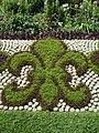 Fleur de lys dans le parc de Versailles, France (30427088).jpg