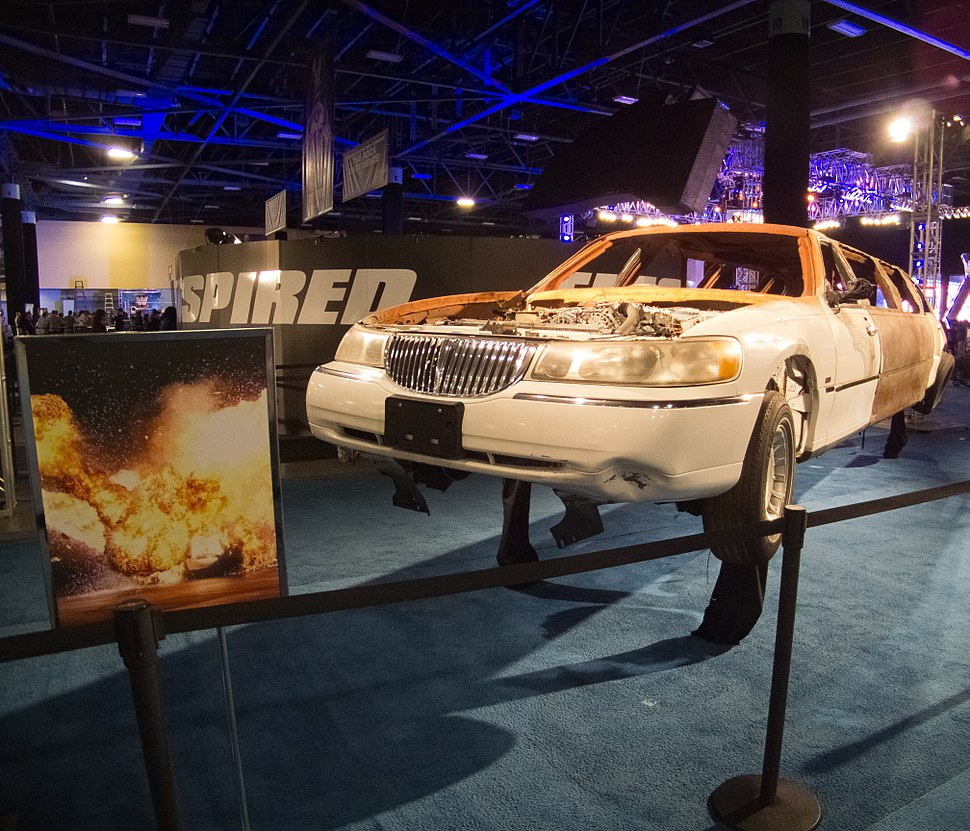 Flickr - simononly - WWE Fan Axxess - Vince%27s Limo
