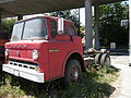 Ford 800 Custom Cab 02.jpg