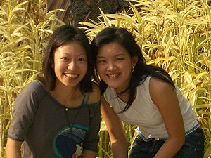 English: Carol Chyau and Marie So, co-founders...