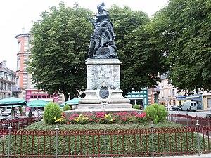 Gloria Victis (sculpture) - Belfort memorial, a comparable piece by Mercié