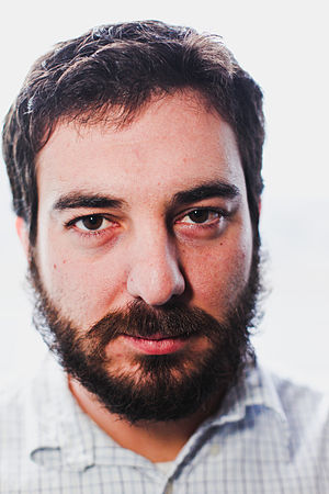 English: Man with beard
