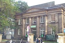 Friends Meeting House Manchester 20051020.jpg
