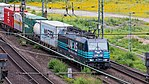 Güterzug mit Railpool-Lokomotive, Lineas-Lackierung, Köln-6678.jpg
