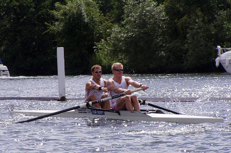 Slika:GB Pair at Henley 2004.JPG