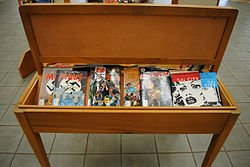 GRAPHIC NOVEL DISPLAY (back of back display) (5571698323).jpg