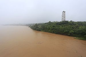 Gan River - Gan River and Yuhong Pagoda in Ganzhou