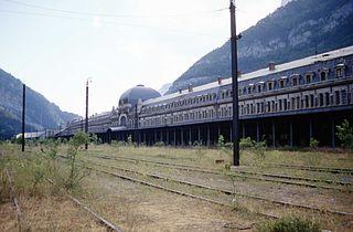 Pau–Canfranc railway