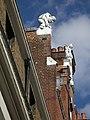 Gargoyle in Oxfordstreet, London - panoramio.jpg