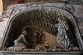 Genova, cimitero Staglieno corridoio interno alla costruzione centrale.jpg