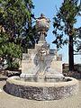 Giardini vaticani, fontana vicino al piazzale della galea.JPG