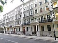 Gordon Square (east side), London 3.jpg