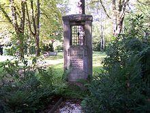 Grabstätte Carl Reinecke auf dem Südfriedhof in Leipzig (Quelle: Wikimedia)