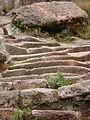 Graderia de piedra, subida a la Horca del Inca.jpg