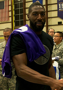 Greg Jennings Vikings crop.jpg