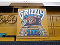 Grizzly 101, pic03, logo.jpg