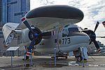 Grumman E-1B Tracer '147212 - AU-773' (30549413982).jpg