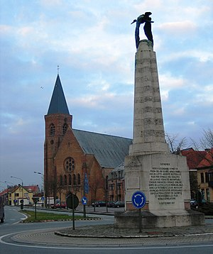 Georges Guynemer - statue in commemoration of Georges Guynemer in the heart of Poelkapelle