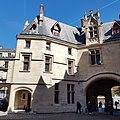 Hôtel de Sens Paris 3.jpg