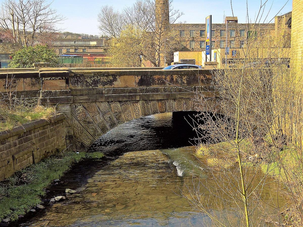 Hand Bridge, Burnley.jpg