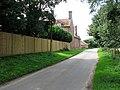 Hardley Street past Avenue Farm - geograph.org.uk - 1425325.jpg