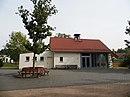 Harheim, Friedhof, Trauerhalle.JPG