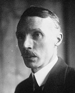 Henri Farman 1919.jpg