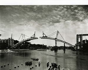 Henry Hudson Bridge - The bridge under construction in June 1936