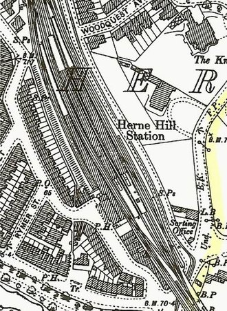 Herne Hill railway station - An 1894 Ordnance Survey map showing the station's layout
