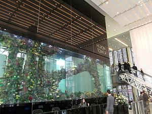 Heron Tower - The lobby features a 70,000-litre aquarium containing hundreds of fish.