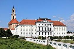 Herzogenburg - Stift.JPG