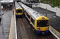 Highbury and Islington station MMB 24 378136 378144.jpg