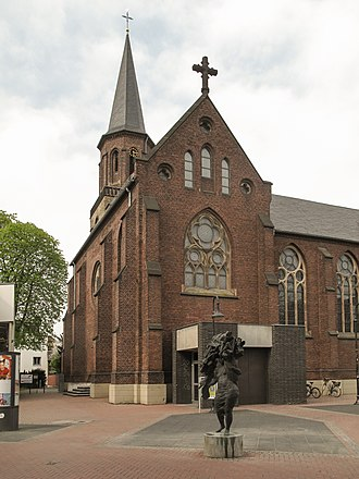 Hilden - Image: Hilden, die Sankt Jacobuskirche Dm 33 foto 2 2014 03 30 15.29