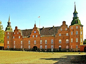 Holsteinborg Castle - Holsteinborg's north wing with the main gate