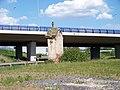 Hostivice, 11. kaple Hájecké cesty a most silnice R6.jpg