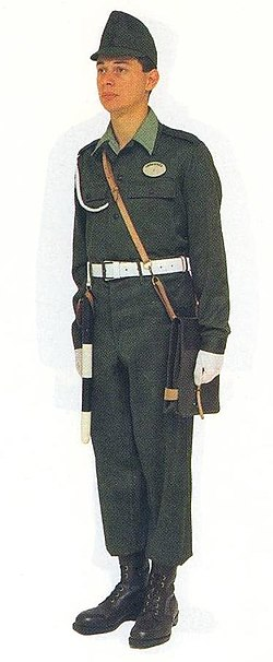 Hungarian military police summer uniform (enlisted, 1965-2005).jpg