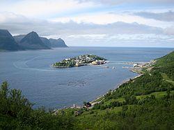 Husøy, Senja.jpg