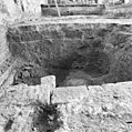 Interieur, grondverbetering noordgevel afgebroken tufsteen koor - Baflo - 20027479 - RCE.jpg