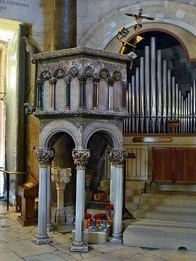 Interior of Cathedral of Split - Pulpit 001.jpg