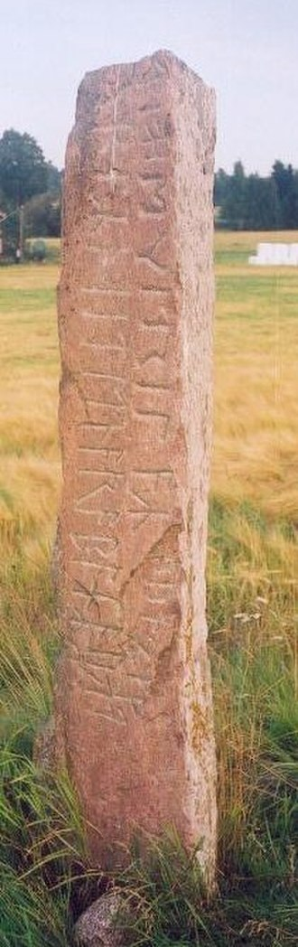 Erilaz - The Järsberg Runestone is from the 6th century and contains the statement: ek erilaz.