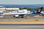 Jet Airways, VT-JEW, Boeing 777-35R ER (43497123965).jpg