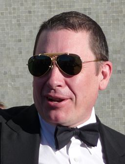 Jools Holland at the BAFTA's (cropped)